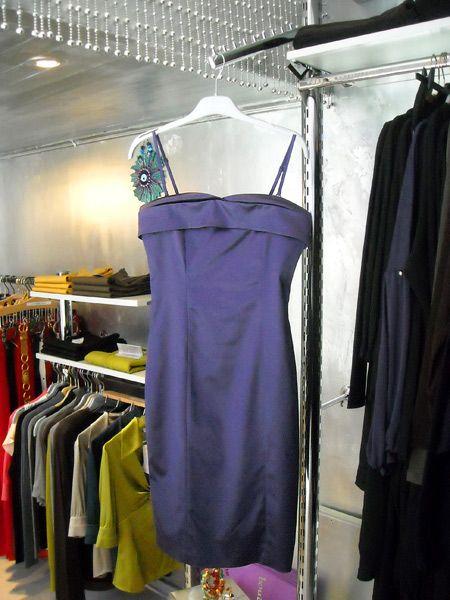 Mor saten elbise 179 YTL.